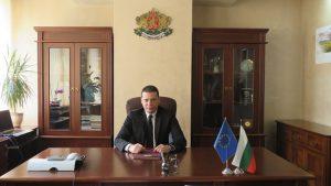 Областният управител Илиан Тодоров с благодарствено писмо от учители от гр. Димитровград – Сърбия