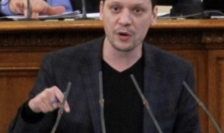 Областният управител Илиан Тодоров: Депутатите да се откажат от безотчетните си представителни около  2000 лева, които получават всеки месец
