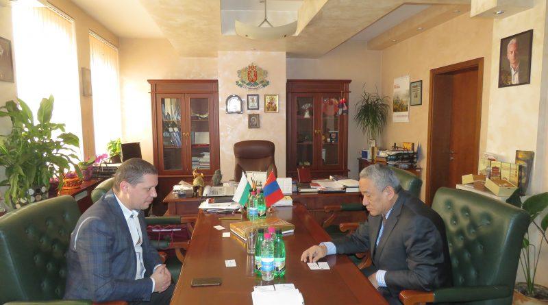 Областният управител Илиан Тодоров се срещна с посланика на Монголия Н.Пр. Дашжамц  Батсайхан